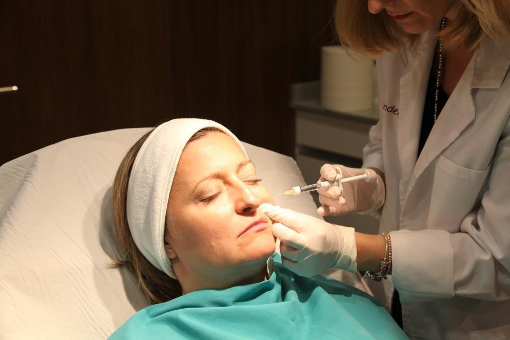 rejuvenecimiento facial en valencia con bioestimulación
